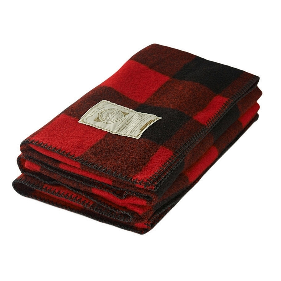 item-of-the-week-woolrich-buffalo-check-throw-red